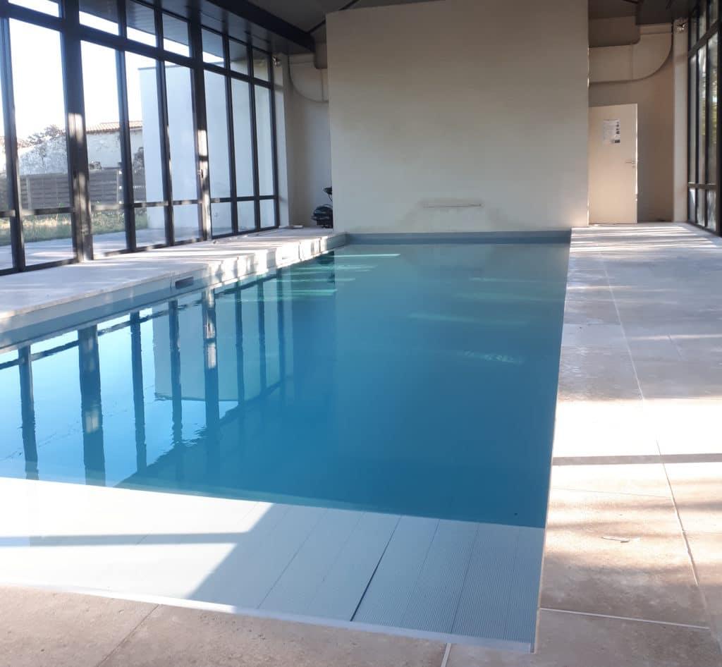 E.M.A Entretien de vos piscines - bassin piscine couverte